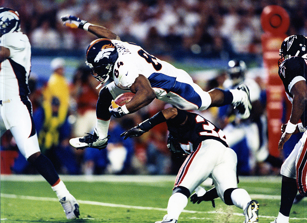 Denver Broncos tight end Shannon Sharpe