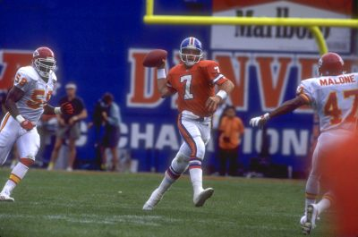 John Elway passes against the Kansas City Chiefs October 4, 1992.