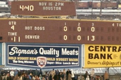 Broncos 13, Hot Dogs 0